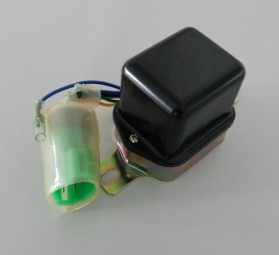Lichtmaschinenregler
